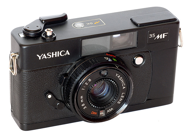 Favourite Cameras: Yashica 35MF - Film AdvanceFilm Advance